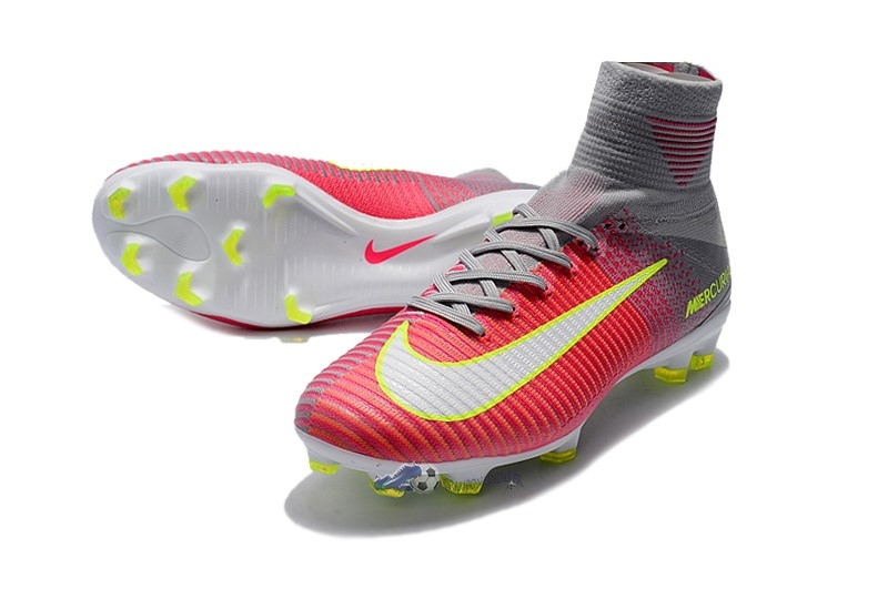 differently good looking for whole family Acheter Chaussures De Football Nike Mercurial Superfly V ...