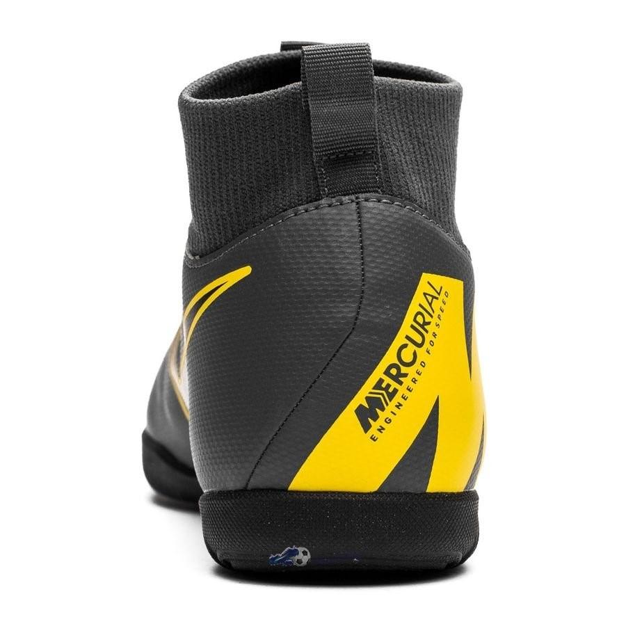 c38527e0293 Chaussures De Football Nike Mercurial Superfly 6 Club Enfant IC Game Over  Noir Jaune 2019 Nouveaux ...